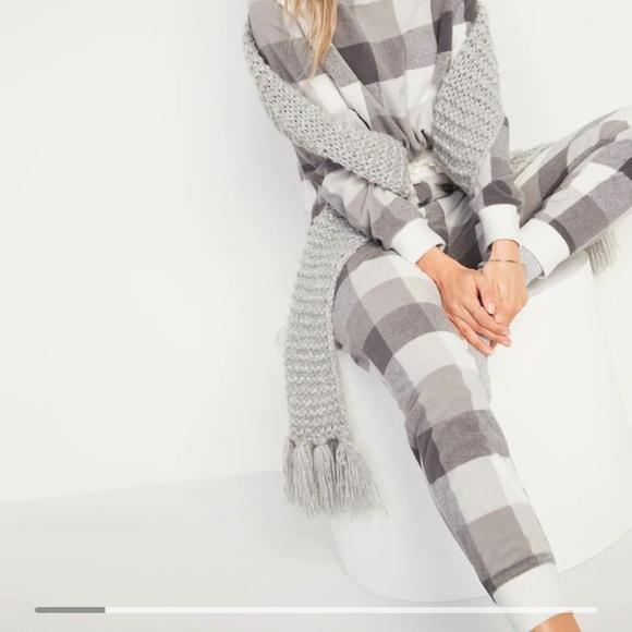 Old Navy Other - BNWT Old Navy Fleece Pajamas